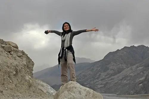 solo female travel blogger, women's inspirational blogger