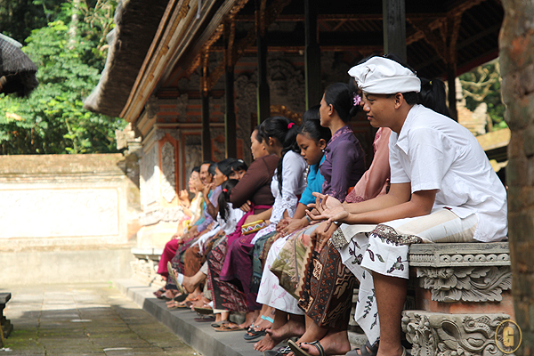 balinese religion, balinese traditions, balinese ceremony