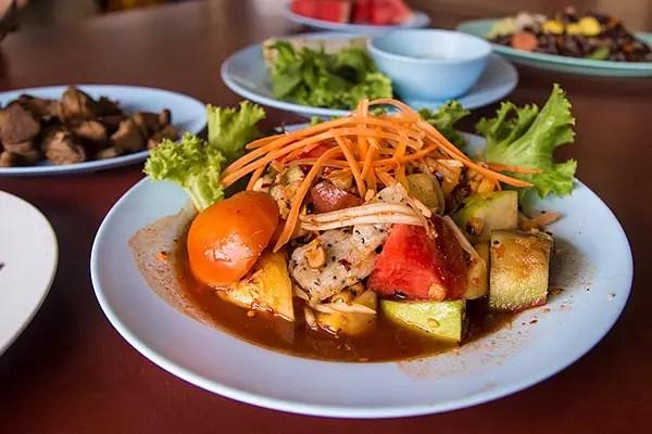 Tam Ponlamai, vegetarian food thailand, thai vegetarian foods, must try vegetarian dishes in thailand