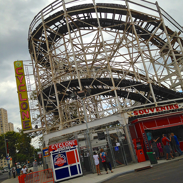 Cyclone Rollercoaster, top attractions Coney Island