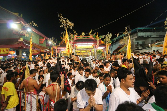 Phuket Travel Guide, phuket vegetarian festival