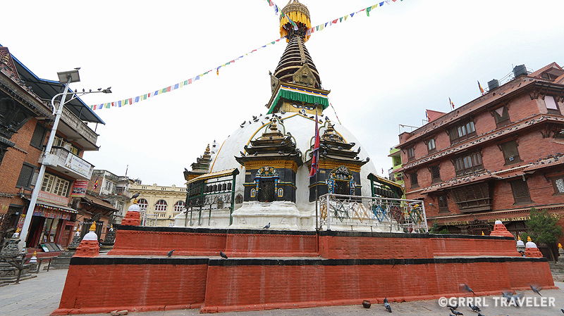 things to do in kathmandu, kathmandu travel guide, swayambuth stupa