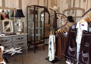 Deep Cleaning Service at Gorgeous Retail Store in Dallas TX 20 21a9001906ff8c38d73ff23d3c4bc86b 350x245 100 crop Deep Cleaning Service at Gorgeous Retail Store in Dallas, TX