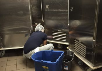 JPS Hospital Kitchen Heavy Duty Deep Cleaning in Fort Worth TX 009 89a56aa2257e9207778c3b3891185304 350x245 100 crop JPS Hospital Kitchen Heavy Duty Deep Cleaning in Fort Worth, TX
