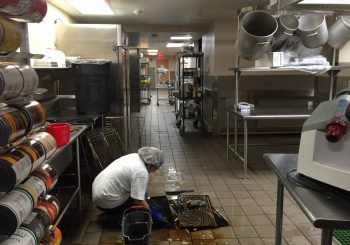 JPS Hospital Kitchen Heavy Duty Deep Cleaning in Fort Worth TX 018 cf286e5b7c9f19b2f4ca4cc774e8d623 350x245 100 crop JPS Hospital Kitchen Heavy Duty Deep Cleaning in Fort Worth, TX