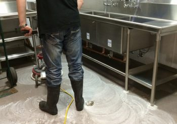 Restaurant Final Post Construction Cleaning Service in Dallas Lakewood TX 22 7e5987d5c9e7d3039938af018c2fd09a 350x245 100 crop Hopdoddy Post Construction Cleaning Service in Dallas, TX Phase 2