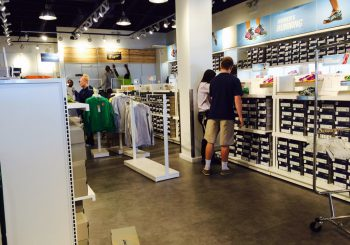Sport Retail Store at Allen Outlet Shopping Center Touch Up Post construction Cleaning Service 06 4a7abb985af437df5d5f2f70c2c30059 350x245 100 crop Sport Retail Store Asics at Allen Outlet Shopping Center Touch Up Post construction Cleaning Service
