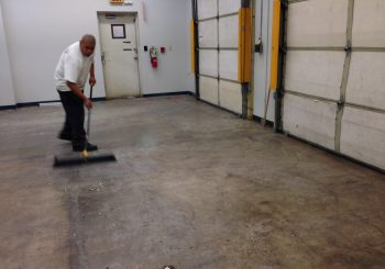 Strip and Wax Floors at a Large Warehouse in Irving TX 13 8ee43ddb5d87de97e4c4271cc79f61a8 350x245 100 crop Strip and Wax Floors at a Large Warehouse in Irving, TX