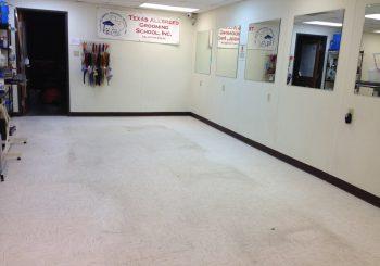 Waxing Floors in a Grooming School at Arlington TX 14 bc3f5e6da9873d6fc7981e960cd3cfa7 350x245 100 crop Waxing Floors in a Grooming School at Arlington, TX