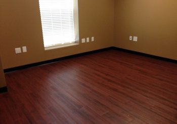Waxing and Polishing Floors in Irving Texas 08 046139b97907ffe4ae8dd17fabcdfd00 350x245 100 crop Waxing Floors in Irving, TX