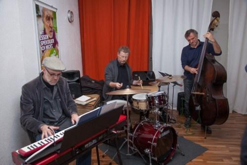 """Das """"Blue Moon Trio"""": Elmar Vibrans, Matthias Wandersleb & Heinrich Römisch"""