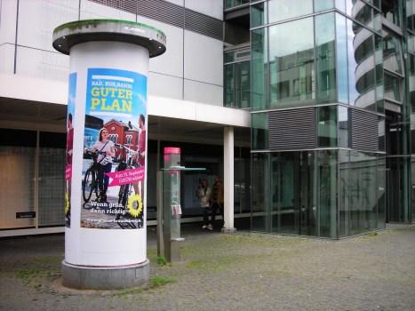 litfasssaeule-oepnv-karstadt-neue-strasse-04-09-2016