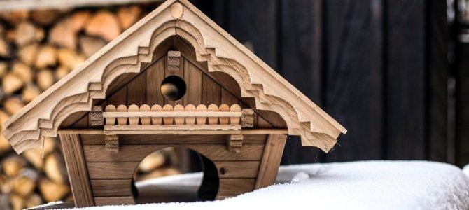 Kleine Hütten aus besonderem Material