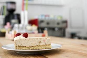 Ein Stück Torte, frisch, Café Kaffeeklatsch, Meinerzhagen © Foto: Stefanie Schildchen