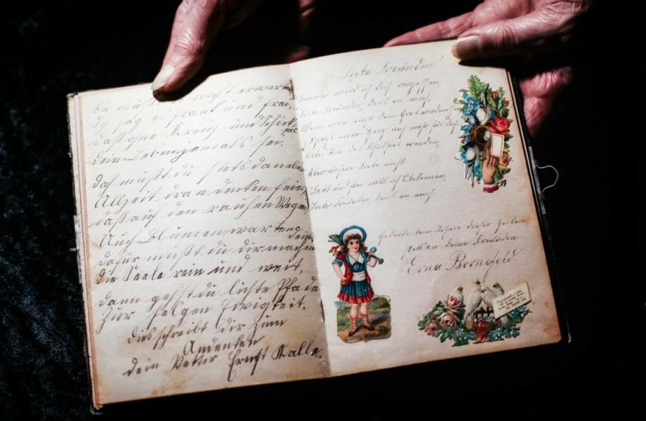 Antike Poesiealben
