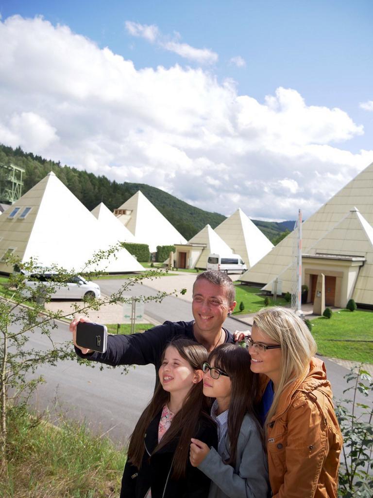 Familien-Selfie im Galileopark in Lennestadt