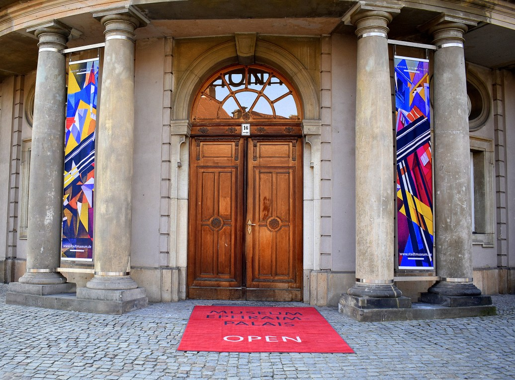 Alte Eingangstür
