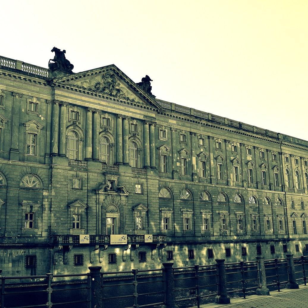 An der Spree - Berlin Mitte