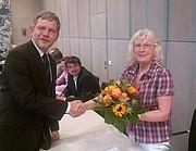 Bürgermeister begrüßt neues Ratsmitglied Waltraud Gedeik