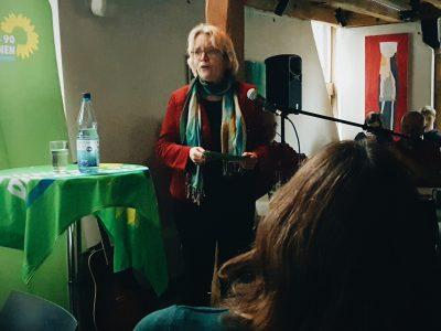 Bürgermeisterin-Kandidatin Katharina Kleine Vennekate beim Neujahrsempfang der Grünen Lemgo 2020