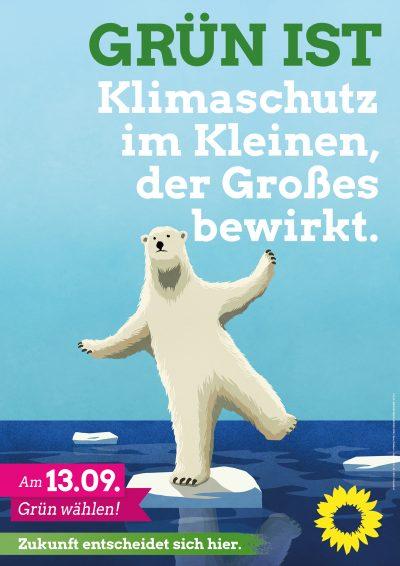 GRÜN IST Klimaschutz im Kleinen, der Großes bewirkt. Eisbär balanciert auf kleiner Eisscholle.