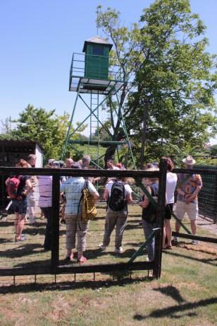 im Außenbereich des privaten Grenzmuseums in Fertörakos