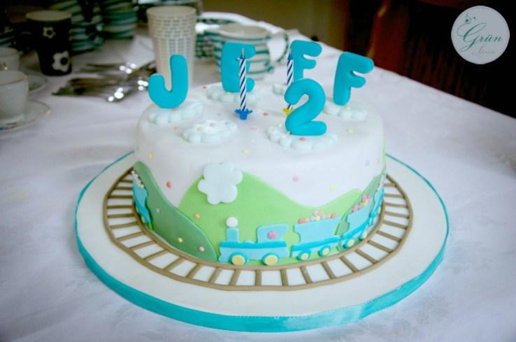 Geburtstagstorte Zug vegan Kindergeburtstag