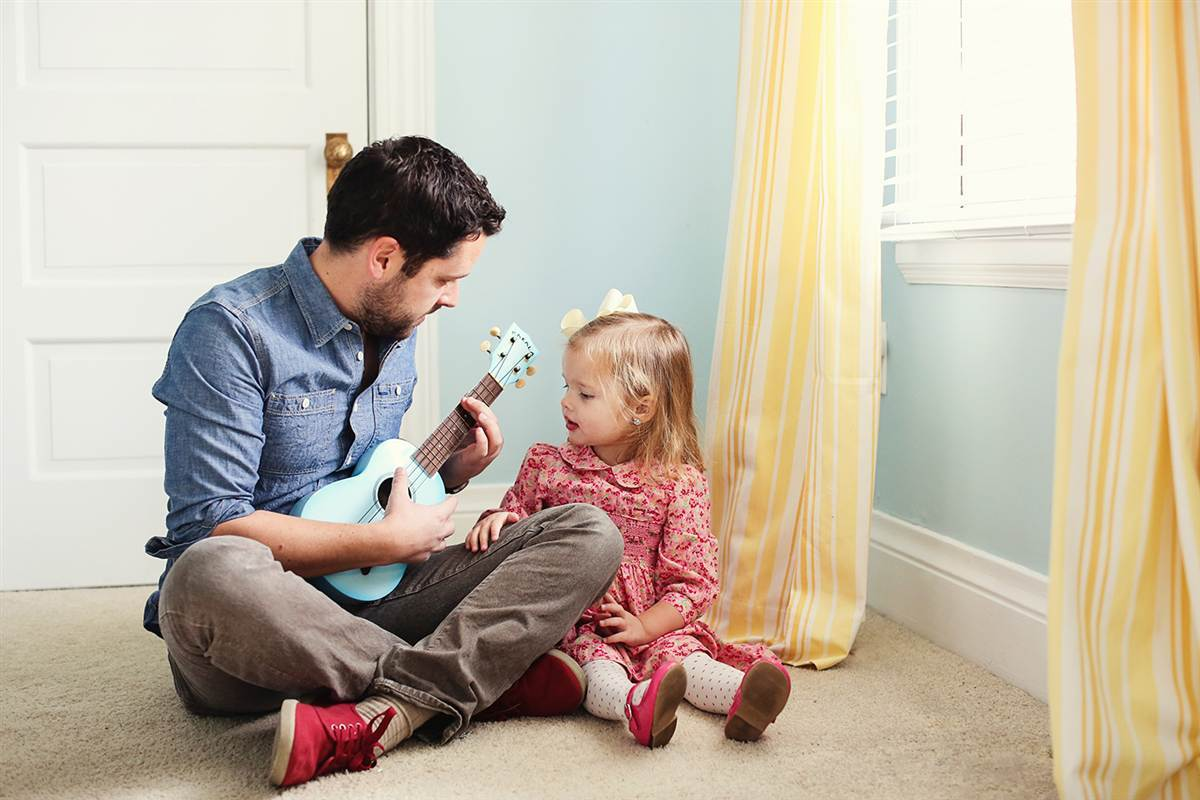 father daughter bonding guitar