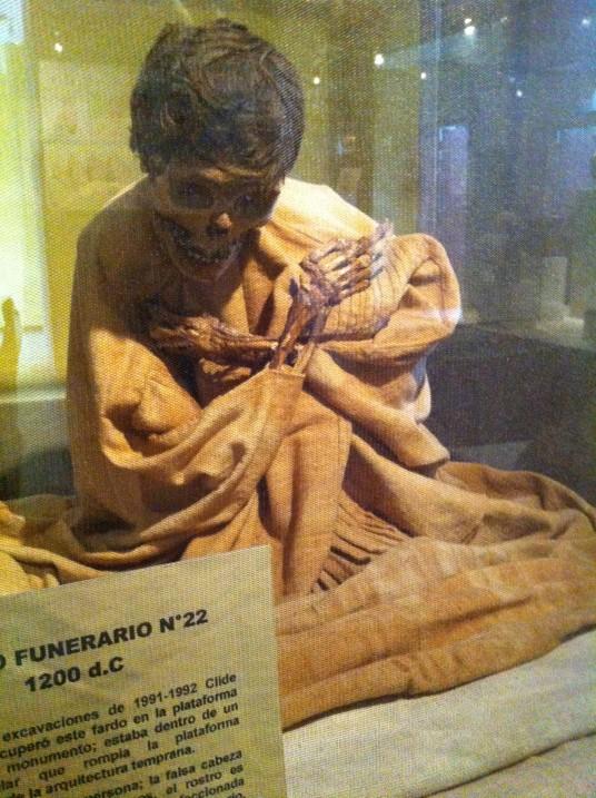 Mummy found at Huaca Huallamarca