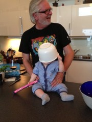 Ser ut som William tar etter farfar:-)