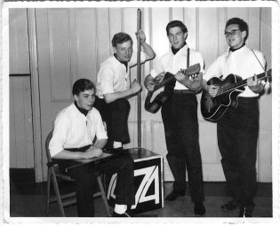 Student days - the '74' skiffle group. After a year of fun, gigging up and down the A5 trunk road, we all did badly in our exams and gave it up.