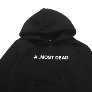 Sweat gothique et grunge Noir Almost dead capuche