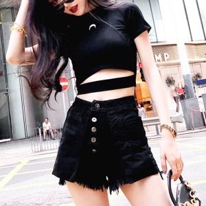 Crop top style e-girl Lune noire