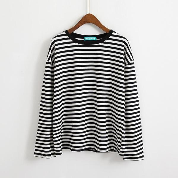 T-shirt long style grunge noir