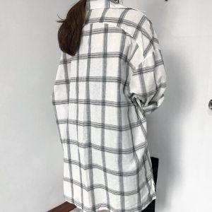 Chemise à carreaux vintage blanche vue de dos