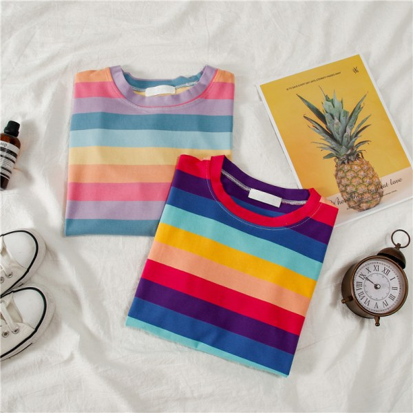 T-shirt multi couleurs style vsco