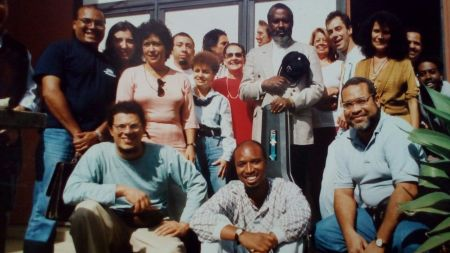 Foto do Grupo de Etnomusicologia com Kazadi wa Mukuna
