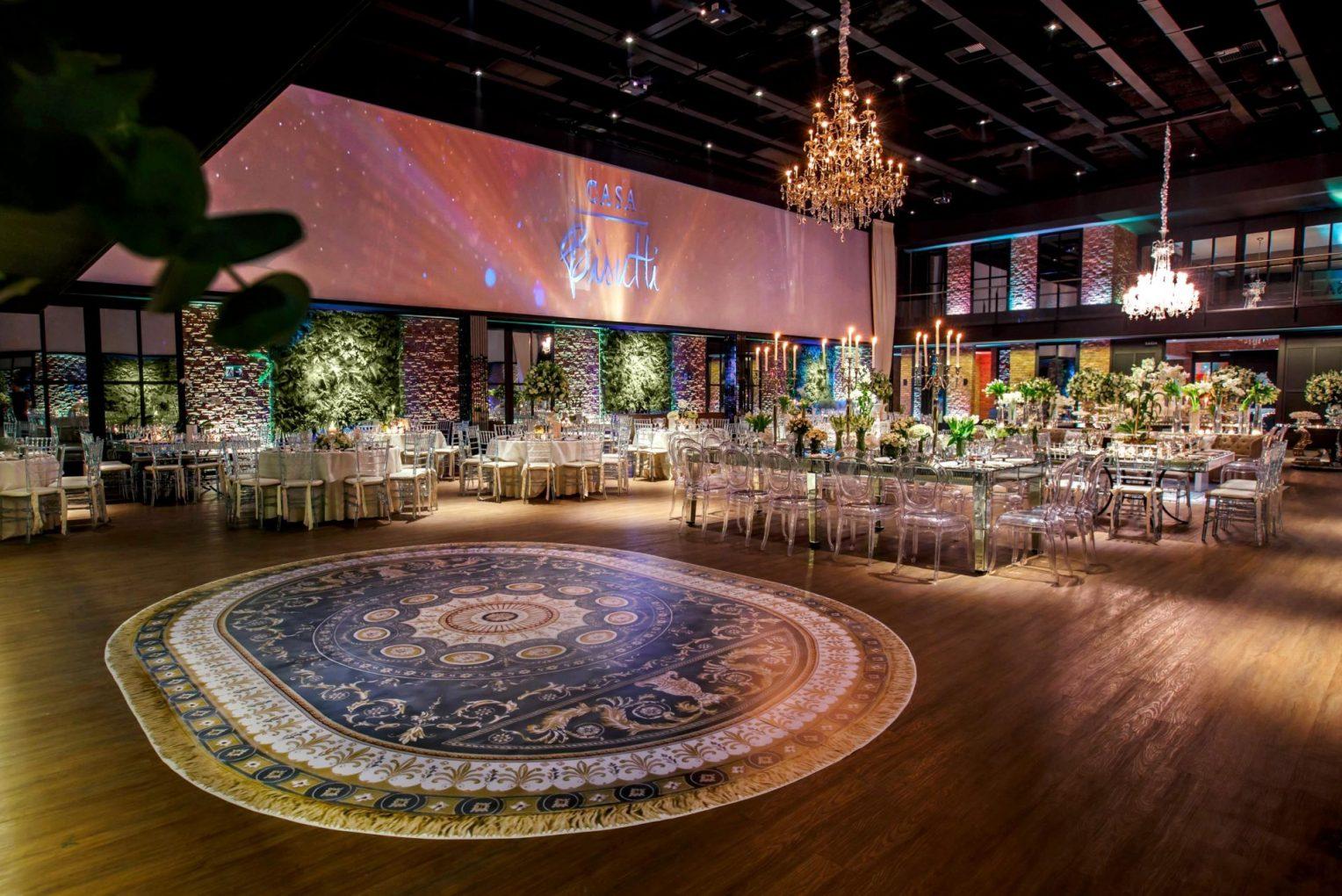 Pista de dança personalizada: Seu Casamento Merece Uma!