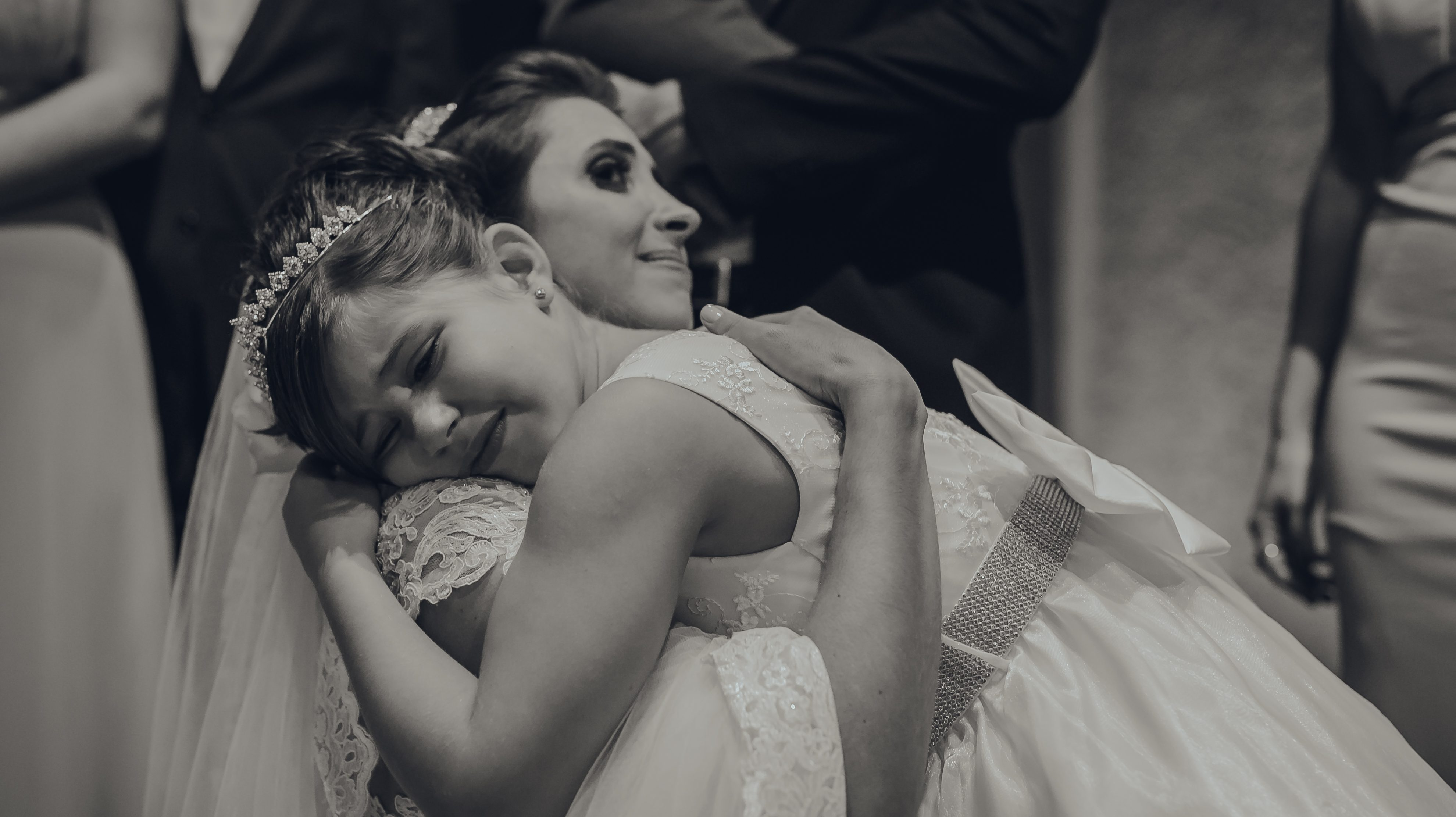 Reações e entradas mais fofas: se encante com essas Crianças nos Casamentos!