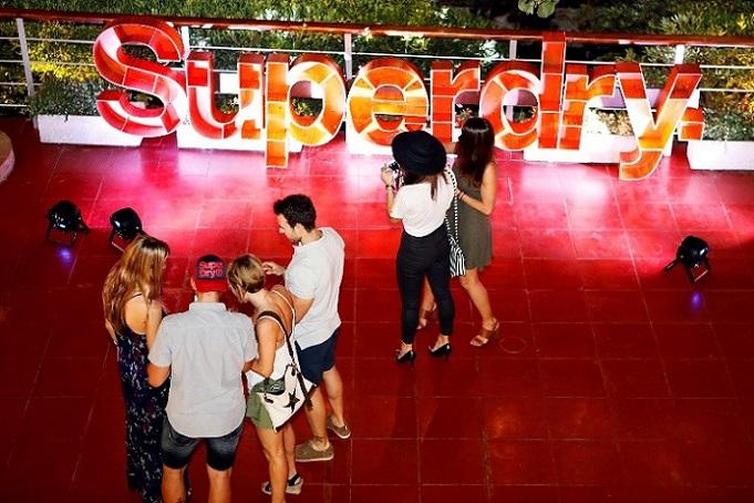 Grupo_deQuatro_Superdry_5