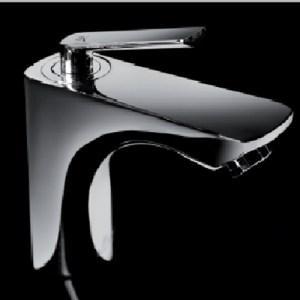 Griferías y accesorios de baño