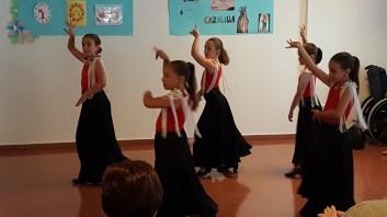 grupo-reifs-cazalilla-visita-alumnos-jose-plata-photocall-verano3