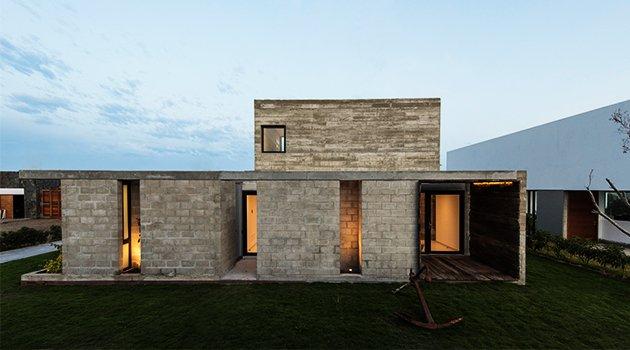 Casa bogavante de riofrio arquitectos en paracas per grupo saglo sa de cv - Grupo riofrio ...