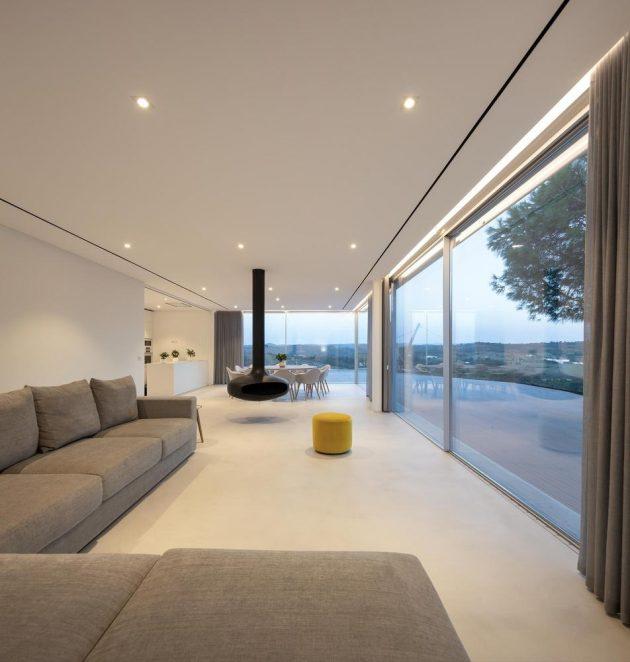Casa en Messines por Vitor Vilhena Architects en Portugal