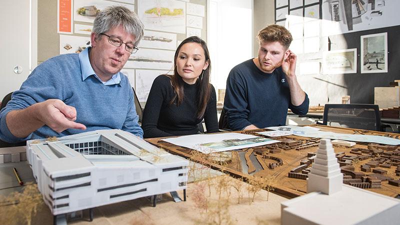 Una breve mirada al mundo de los primeros trabajos de los estudiantes de arquitectura