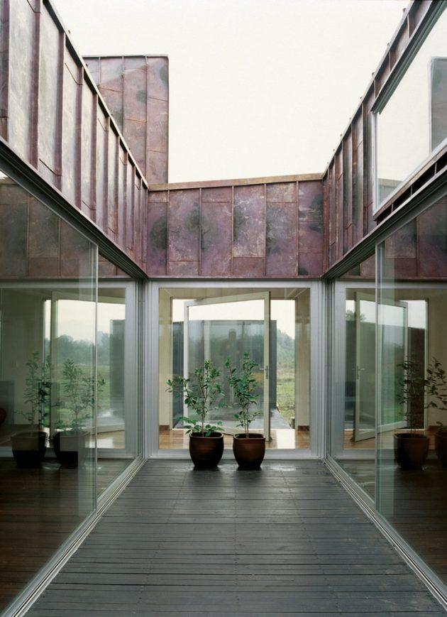 Copper House 2 por Smiljan Radic en Talca, Chile