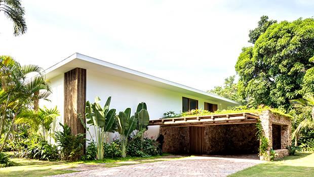 IP 01 House por Studio Gabriel Garbin Arquitetura en Guaruja, Brasil
