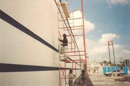 Comercial Mexicana - Trabajos de pintura.