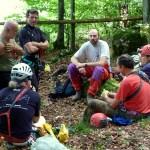 Il primo giorno ci siamo divisi in gruppi e siamo stati in una palestra all'aperto poco distante dalla Foresteria