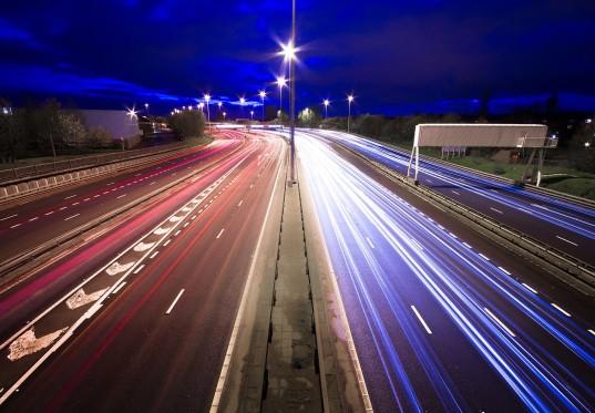 Электрифицированные дороги для электромобилей в Швеции